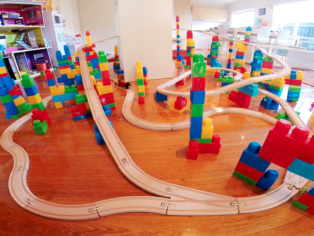 Mega Block Train Set