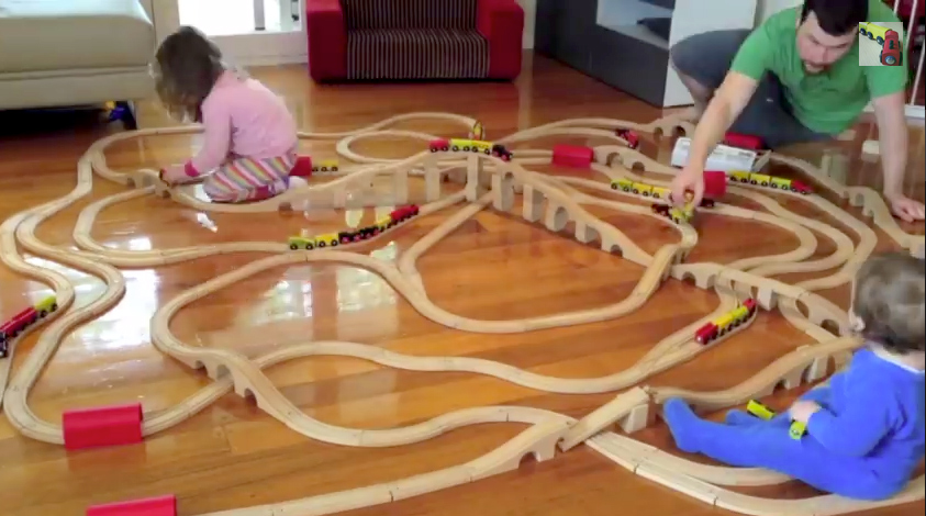 Today was a pijama day with the train sets