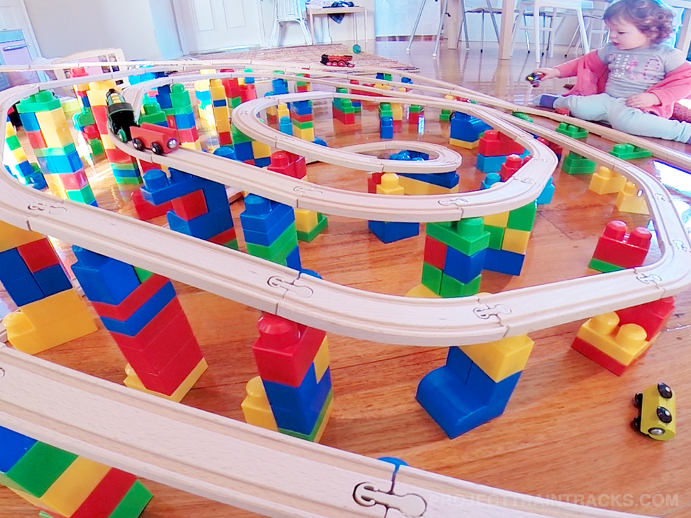 Spiral toy train layout